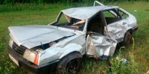 В трагическом ДТП на трассе в Башкирии погибли трое подростков