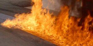 Двое детей из Татарстана подожгли разлившейся бензин и попали в реанимацию с ожогами