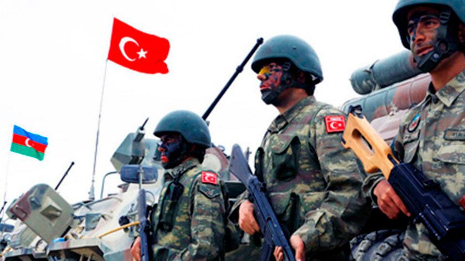 Солдаты Турции и Азербайджана