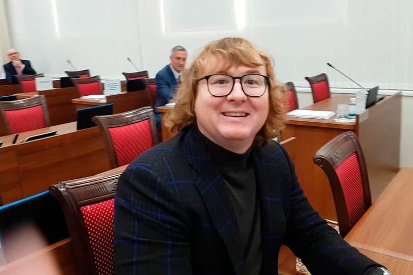 Депутат Петр Емельянов
