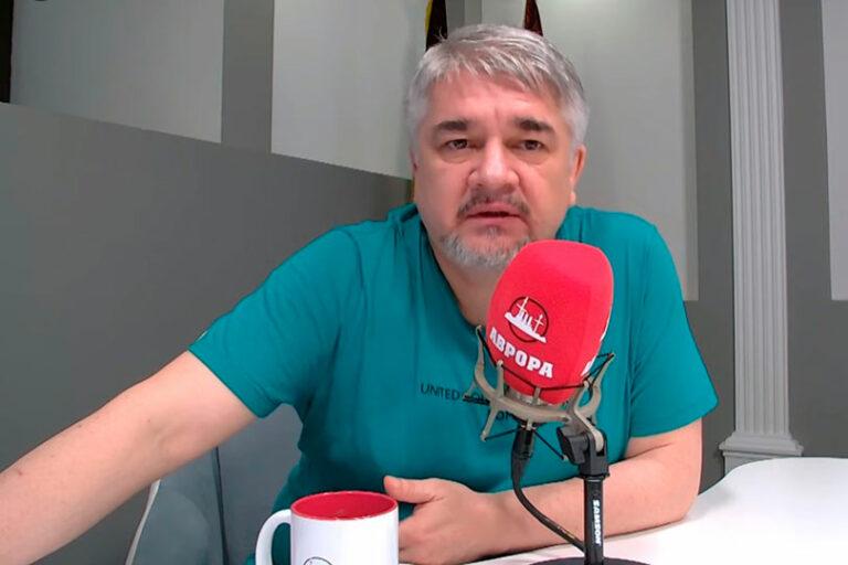 Ищенко заявил, что в Белоруссии Маккей готовит госпереворот, но убедил Лукашенко в том, что опасность исходит от РФ