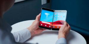 Некоторые особенности складного смартфона с двумя дисплеями от компании Microsoft
