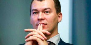 Дегтярев на стриме с Соловьевым заметил, что митинги в Хабаровске закончились, на них выходит 20-30 человек