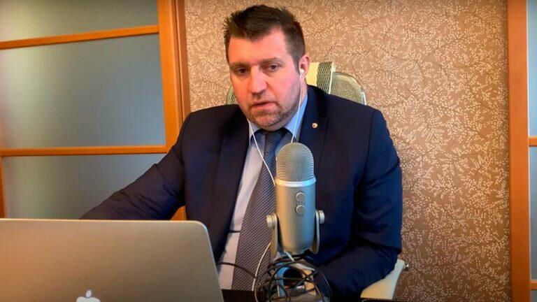 Потапенко прокомментировал закон о вырубке лесов вокруг Байкала, который подписал Путин