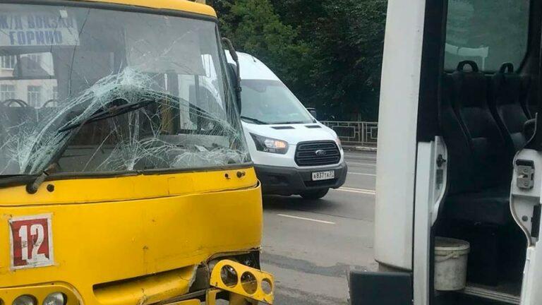В Иваново, при столкновении трех автобусов пострадали люди