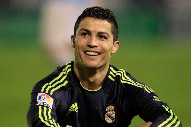 Известный футболист Роналду решил построит отель в Манчестере