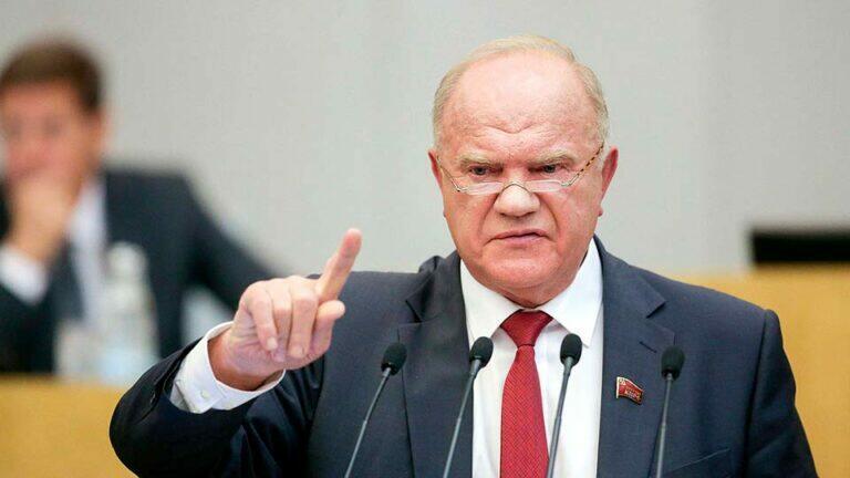 Геннадий Зюганов заявил, что башни Кремля разделились на два основных лагеря: силовой и либеральный