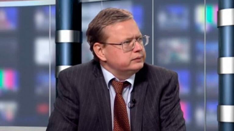 Михаил Делягин считает, что у Николая Платошкина возникли проблемы и ему нужна защита