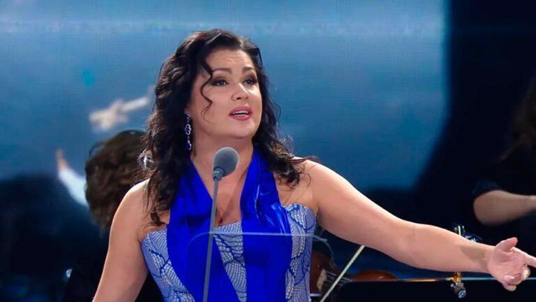 Певица Анна Нетребко заболела коронавирусной пневмонией и находится в больнице