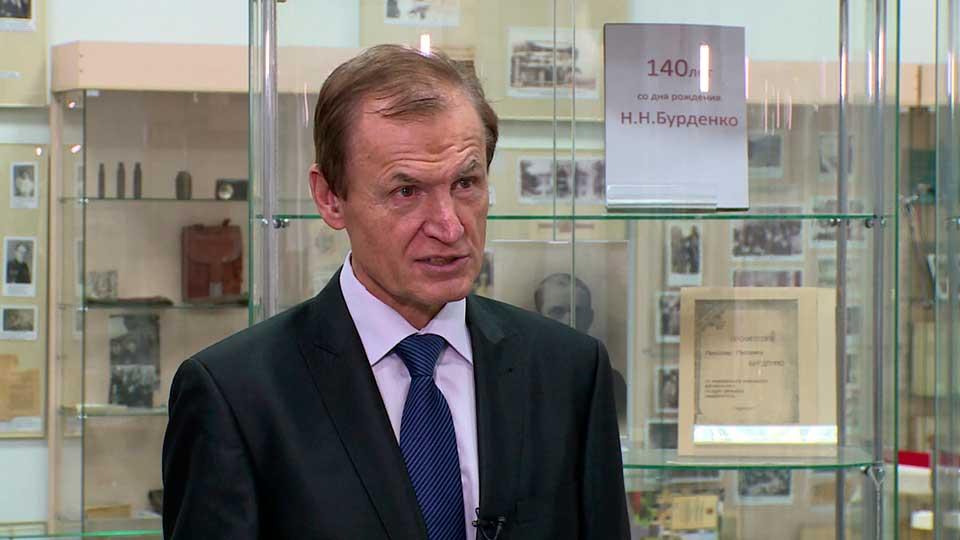 Александр Караулов