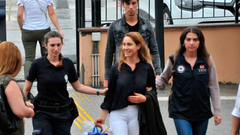Хозан Кейн вышла из турецкой тюрьмы