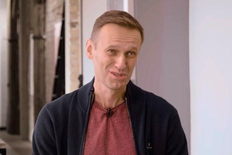 Своим интервью Дудю, Навальный отрезал себе въезд в Россию, и оно больше было похоже на спецоперацию