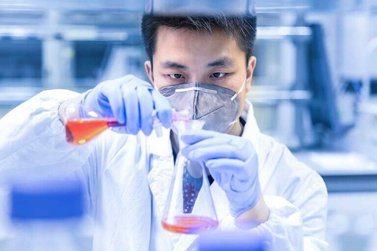 Учёные Гонконгского университета обнаружили новый, доступный препарат для лечения коронавирусной инфекции