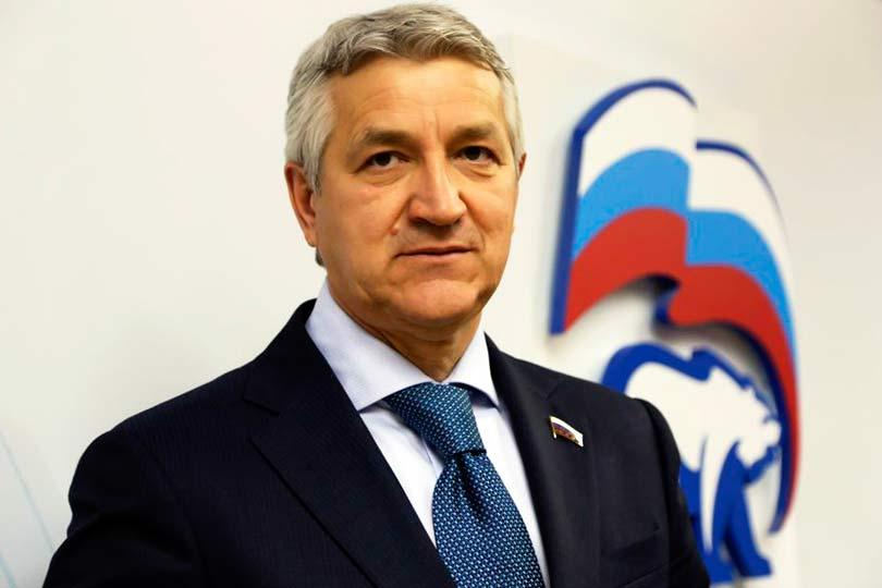 Леонид Огуль