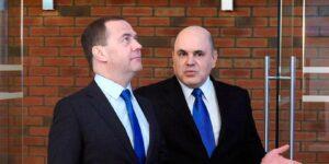 Шансы Мишустина на президентское кресло не утрачены окончательно и сейчас он ведет себя как Медведев