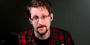 Самый известный шпион Сноуден напомнил о себе и подсказал пароль для смартфонов, который невозможно взломать
