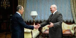 Лавров съездил к Лукашенко, зафиксировав распад «Русского мира», поскольку кремлевские СМИ хранят молчание