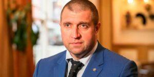 По мнению Потапенко, Армения скоро прекратит свое существование в виде независимого экономического субъекта