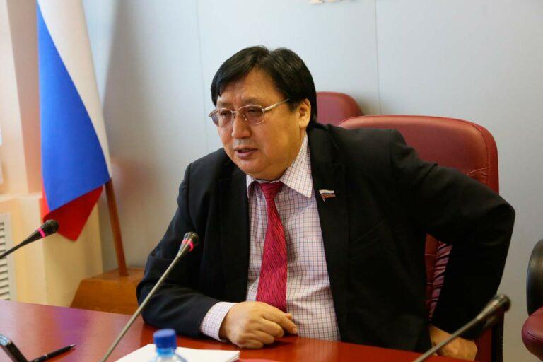 Акимов спросил Силуанова в Совете Федерации, почему до сих пор не выделены деньги на строительство моста через Лену