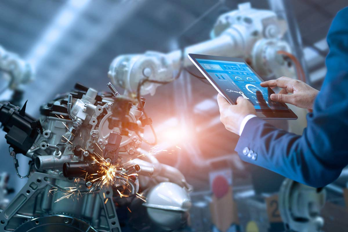 Создание роботов в MIT