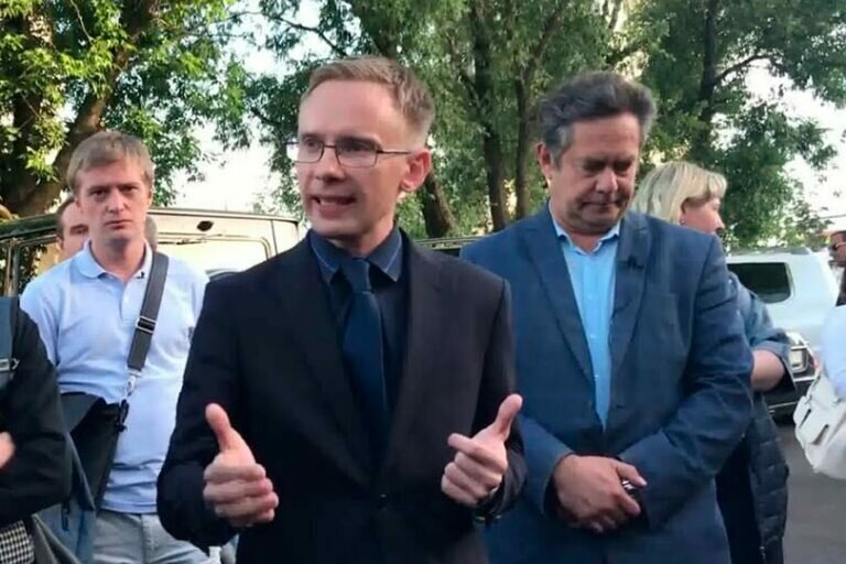 Бывший федеральный судья Савостьянов назвал арест Соловья на 10 суток и Платошкина показательной расправой