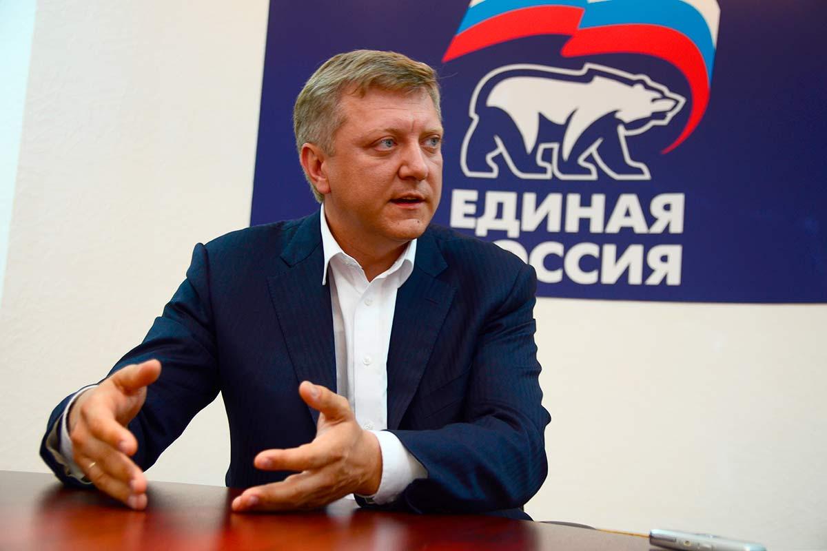 Депутат Дмитрий Вяткин