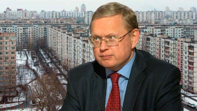 Делягин: В России фактически отменяется право частной собственности на квартиры и иную недвижимость