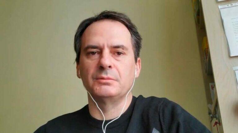 Журналиста Bellingcat Грозева, за журналистское расследование можно назвать современным Шерлоком Холмсом