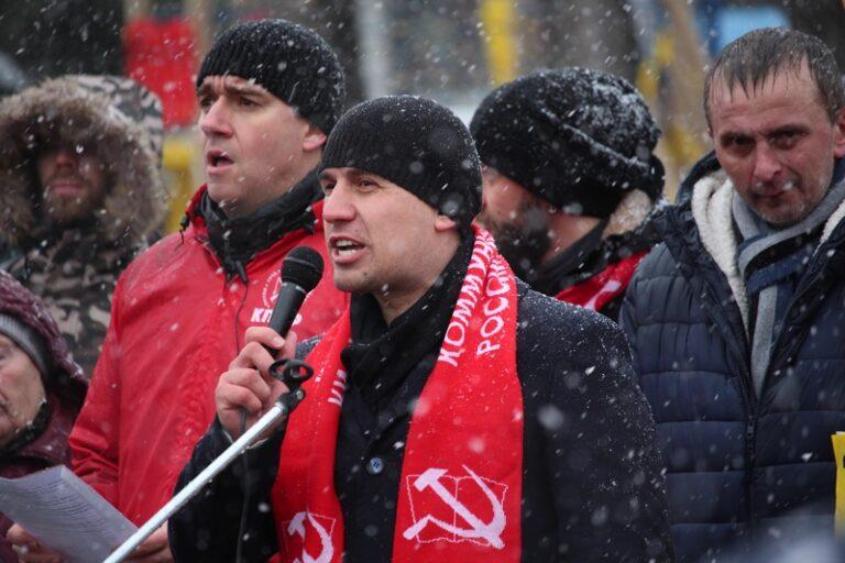 Политик Н. Бондаренко: Пир во время чумы или, когда вы нажретесь за бюджетные деньги