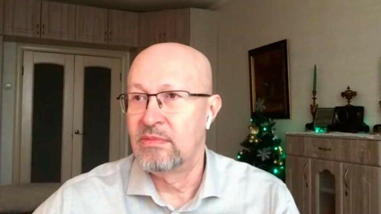 Соловей опять повторил, что в этом году будет выявляться прогрессирующая недееспособность президента Путина