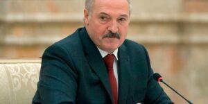 Лукашенко согласился с тем, что власть страны допускала ошибки