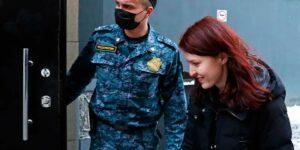 На девять суток, арестовали пресс-секретаря Навального Киру Ярмыш