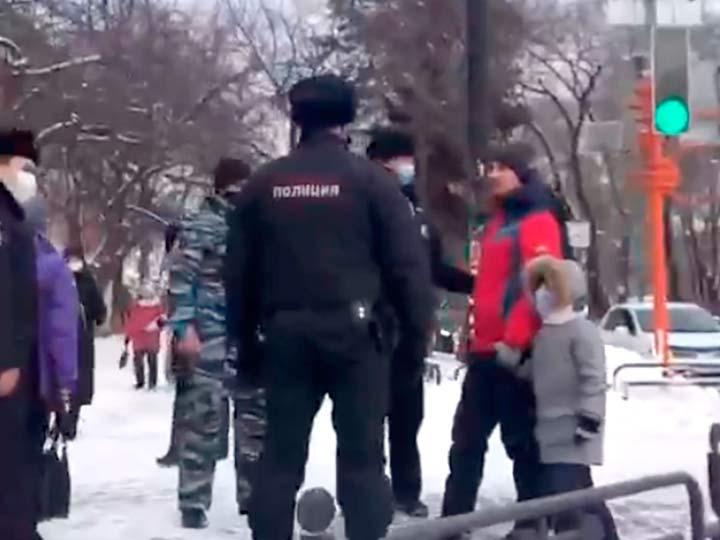 Задержание отца с ребенком в Абакане