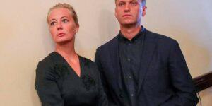 У Навального и его жены Юлии прошли обыски, скорее всего грядут очередные уголовные дела