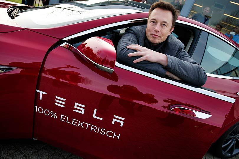 Илон Маск и Тесла