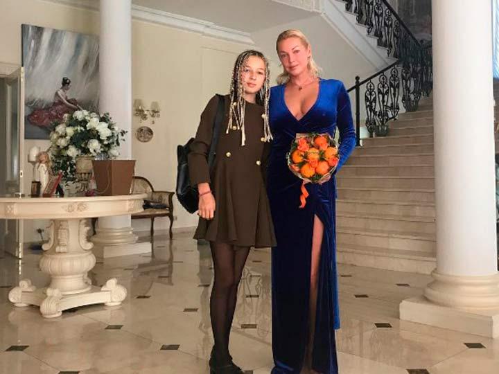 Волочкова с дочерью Ариадной