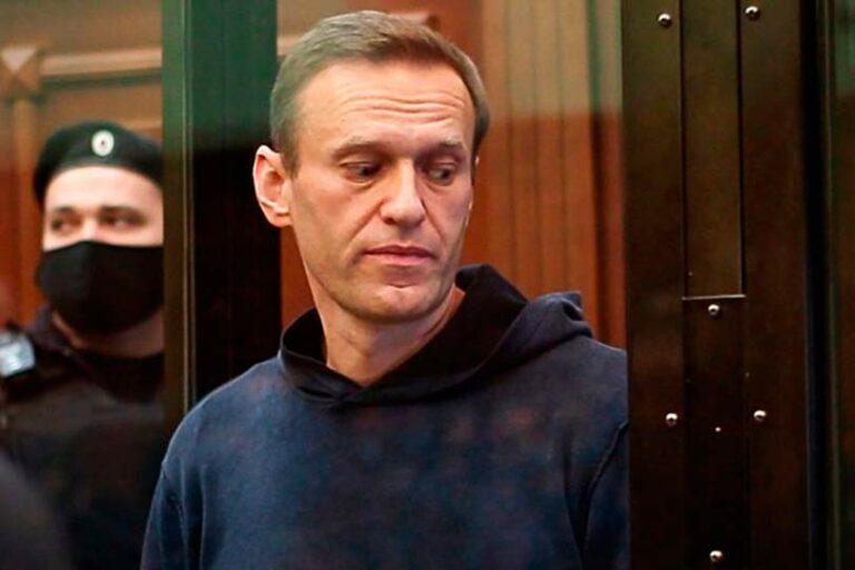 Навального из СИЗО доставили в Бабушкинский суд, где пройдут 2 судебных заседания