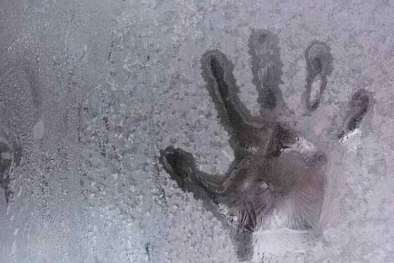 На Таймыре в 30-ти градусный мороз домой не вернулись две девочки