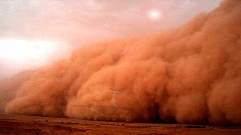 На Марсе бушуют гигантские смерчи, гораздо крупнее земных