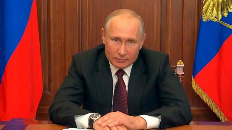 Путин подчеркнул, что в борьбе с пандемией Россия эффективнее других стран