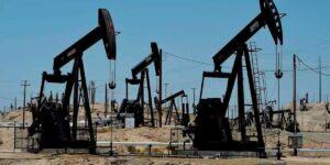 Страны ОПЕК+ отказались увеличивать объем добываемой нефти