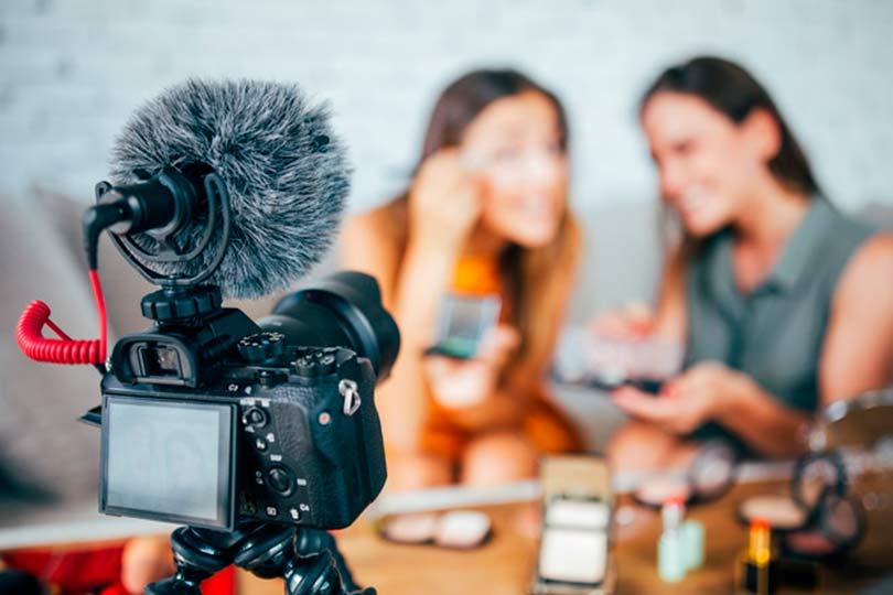 Рабочая обстановка блогеров