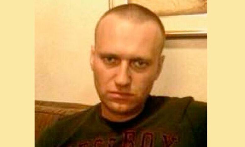 Бритый Навальный
