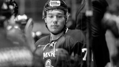 Хоккеист Тимур Файутдинов