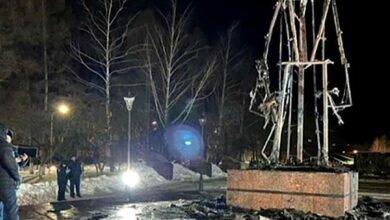 Сгоревший памятник воину освободителю в Заинске
