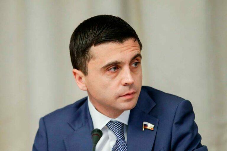 Руслан Бальбек сообщил, что письмо из США о Навальном, это билет на тот свет