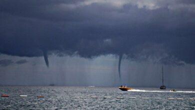 Торнадо над морем в Сочи