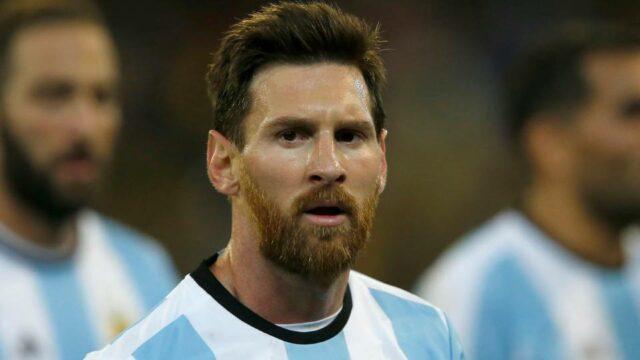По заявлению Месси, аргентинская сборная по футболу не будет доигрывать матч против бразильцев