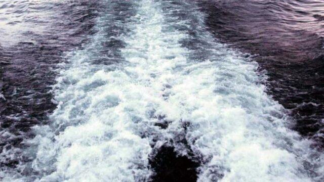 Пропавшая лодка с тремя детьми была найдена в Каспийском море